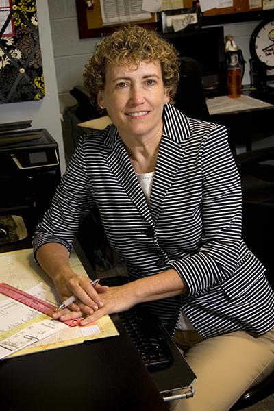 Ruthann Essinger, Practice Manager of Vestavia Eye Care